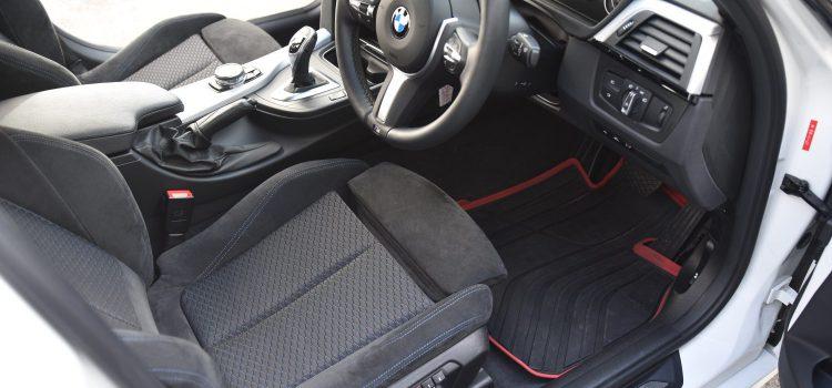 BMW320 車内クリーニング