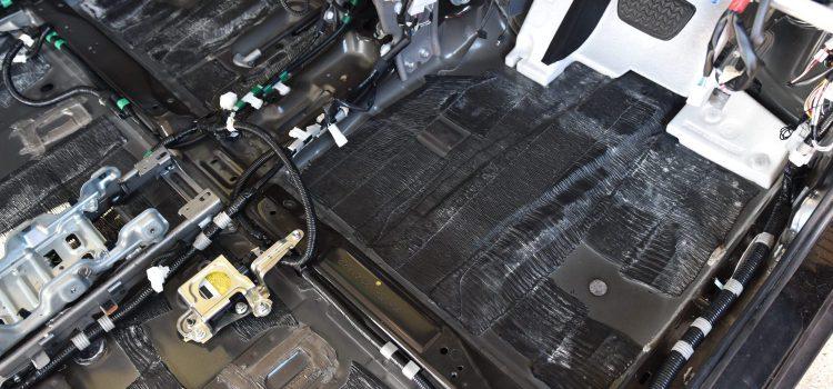 ハリアー クリーニング&消臭+除菌 水没車
